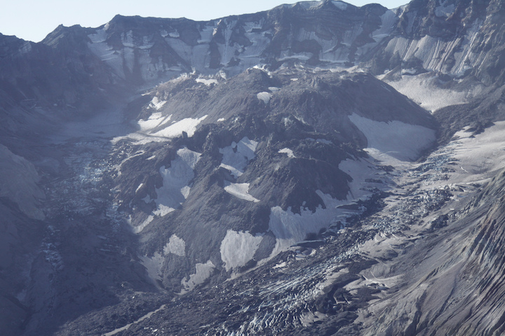 Lava dome in the crater of Mt. St. Helens. Source: Terry Feuerborn (2011) CC BY-NC 2.0